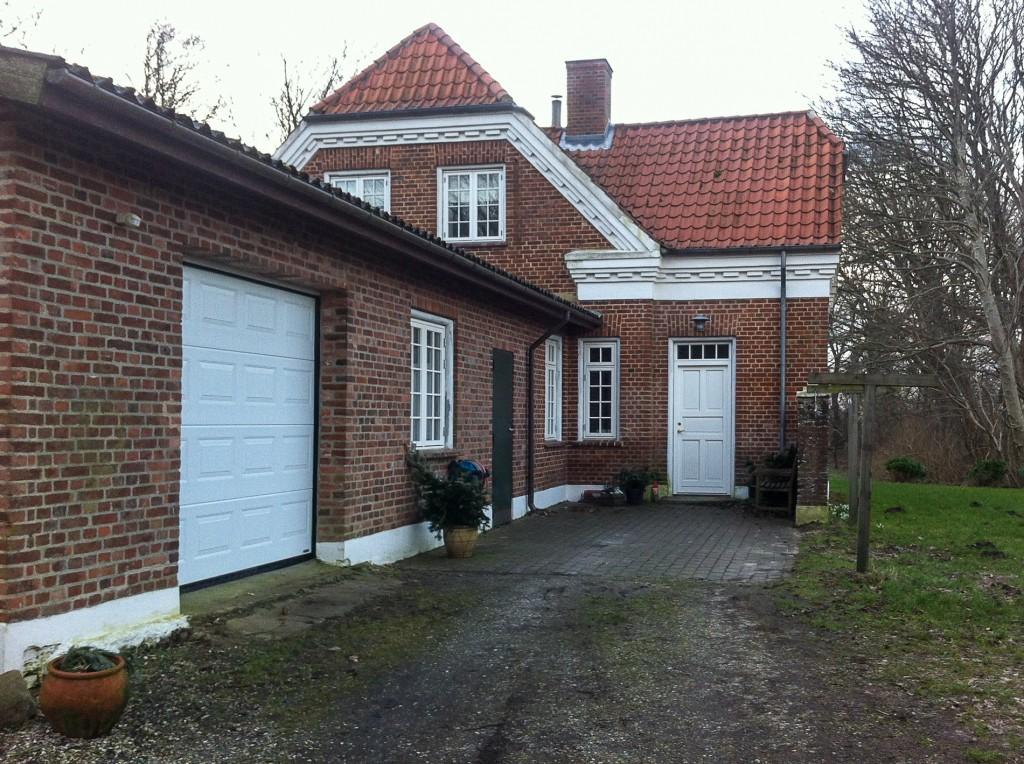 Flytkjær 5, Ølstrup, Lervang Station